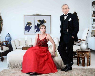 Ünlü modacı Vural Gökçaylı ve sevgili eşi Meral Gökçaylı ile Bodrum'daki evlerinde buluştuk.